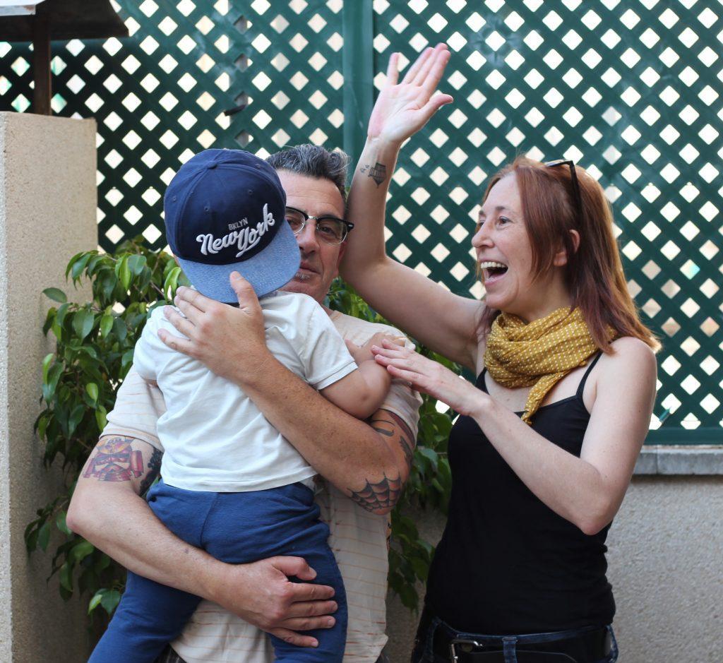 Família d'Adopcions d'IReS